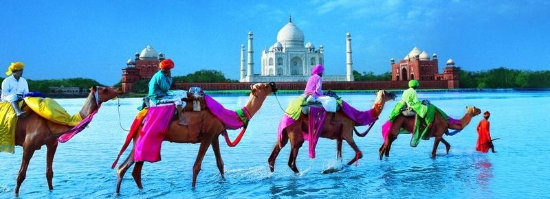 Tadź Mahal w Agrze w Indiach – mauzoleum cesarzowej Mumtaz Mahal