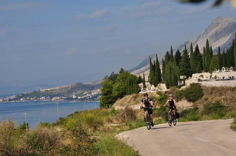 Turystyka rowerowa wkręca Polaków