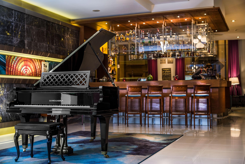 Radisson Blu Bar saltCo II 4