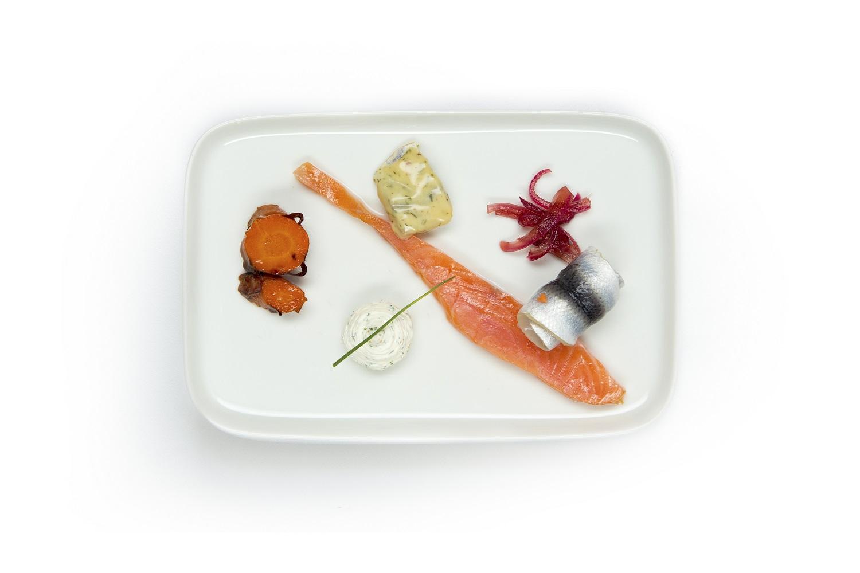 Vottonen 100 Finnish fish plate
