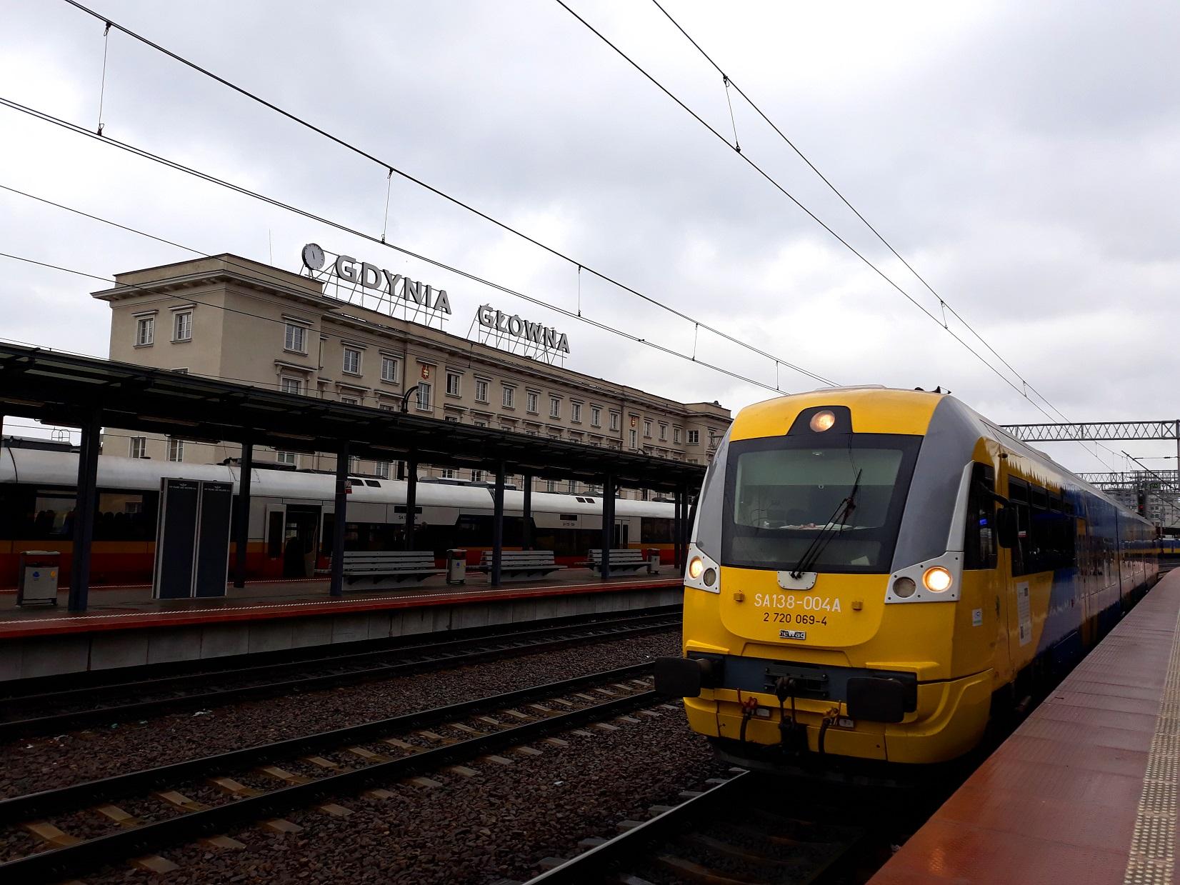 Pociąg Braniewo-Gdynia na stacji docelowej. Fot. POLREGIO