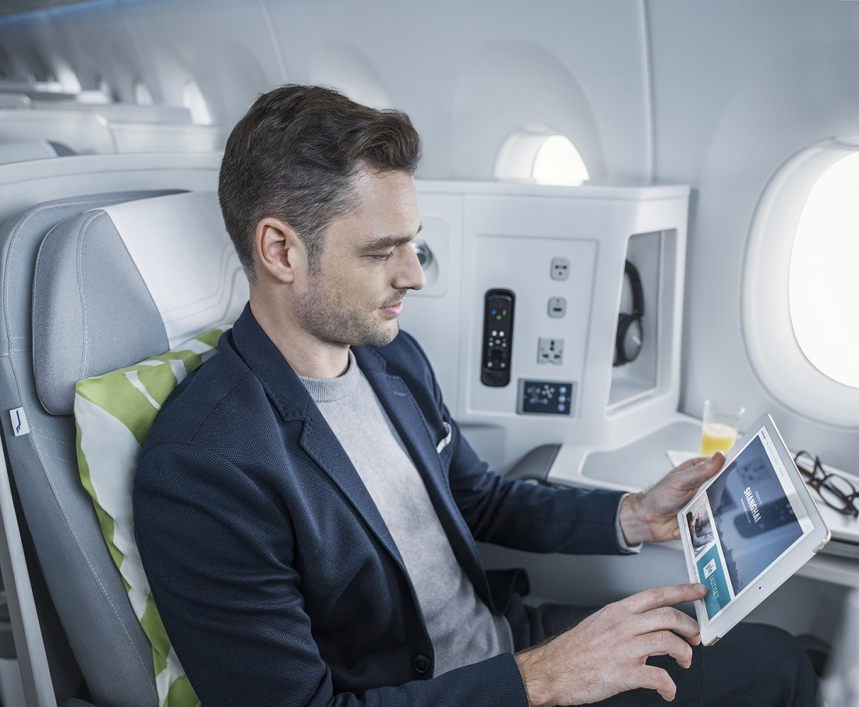 Finnair A350 business class cabin wifi portal 1 92