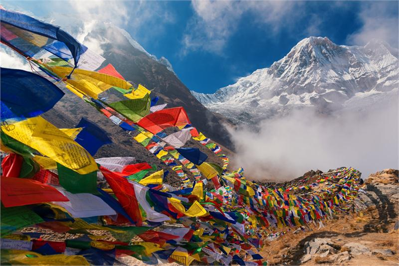 Nepal – yeti, Himalaje i czorteny